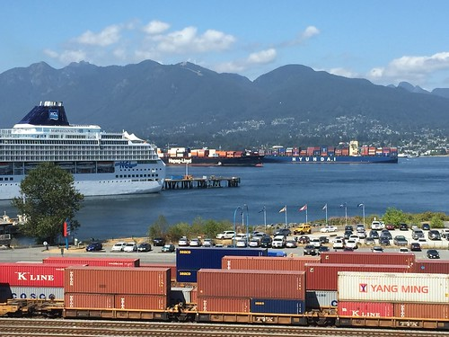Lots of ships today in Vancouver Harbour