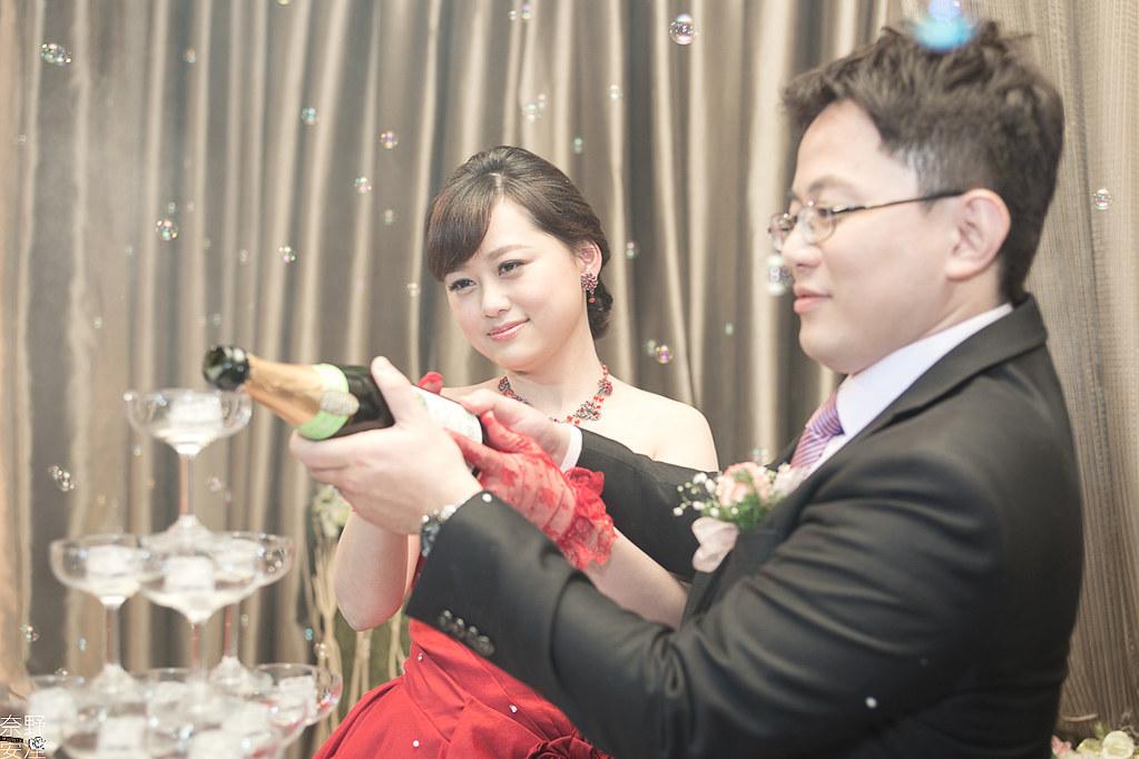 台南婚攝-繼中&佳芸-迎娶午宴 X 東東宴會式場-東嬿廳 (80)
