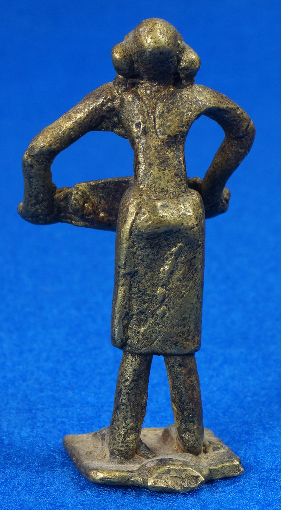 RD15105 4 Vintage African Hand Made Folk Art Primitive Figurines Solid Cast Brass Burkina Faso Yoruba West Africa DSC07127