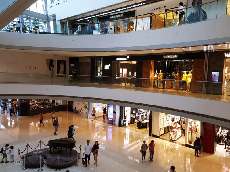 IFC Mall atrium