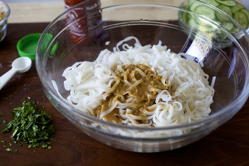 sesame sauce, rice noodles