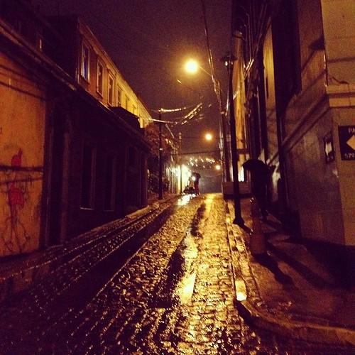 La lluvia me pilló en el Cerro Concepción #Valparaíso #Chile ☔️