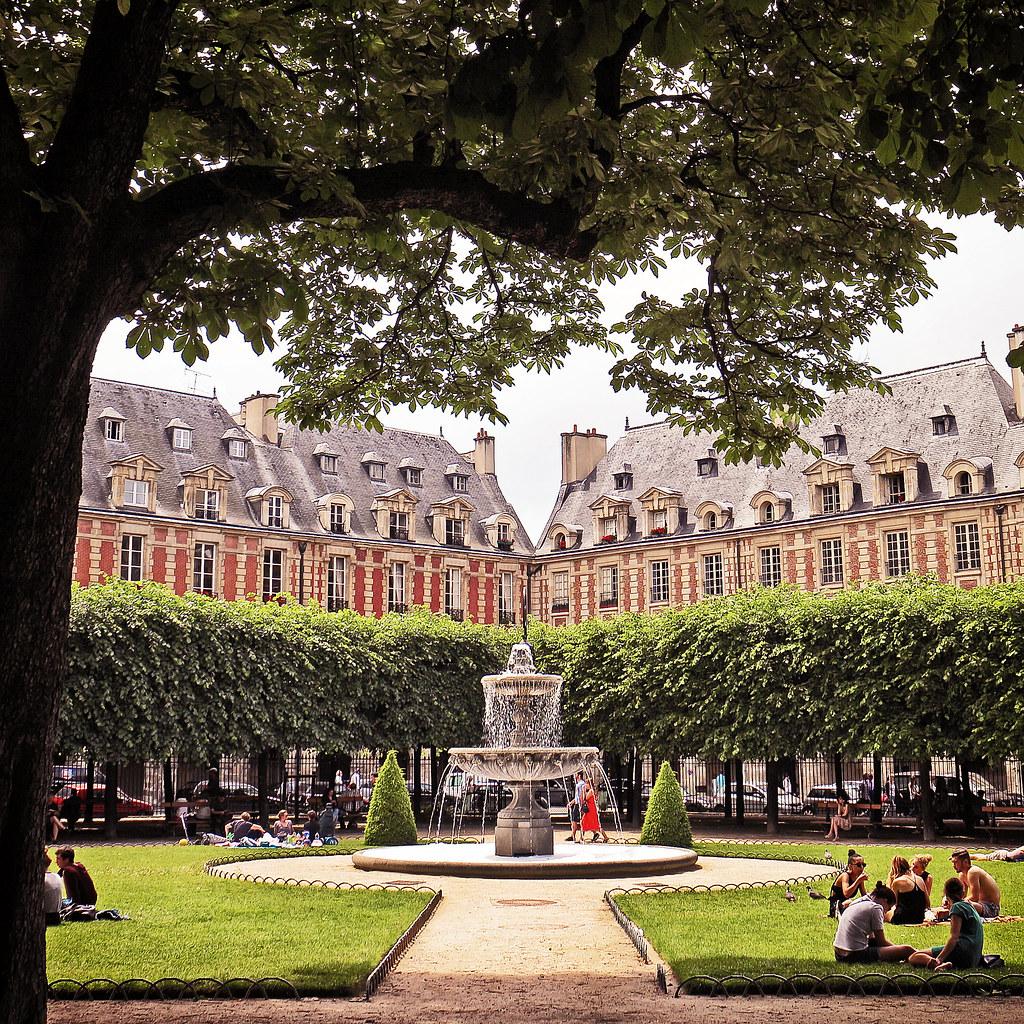At Place des Vosges