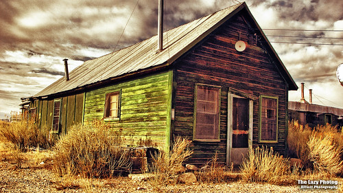 Nov 14 2010 - Lysite Wyoming fixer-upper