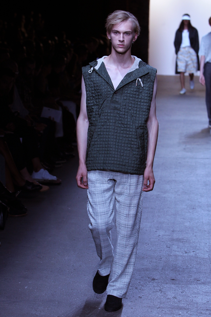 Dominik Sadoch3426_SS16 NY Billy Reid(WWD.com)