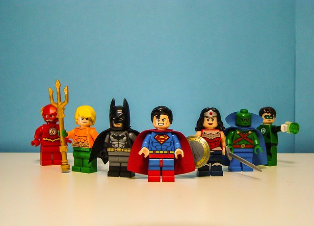 The Justice League., Sony DSC-H7