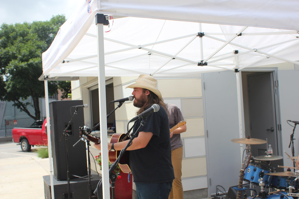 Brad Hoshaw and the Seven Deadlies play Hear Omaha | July 16, 2015