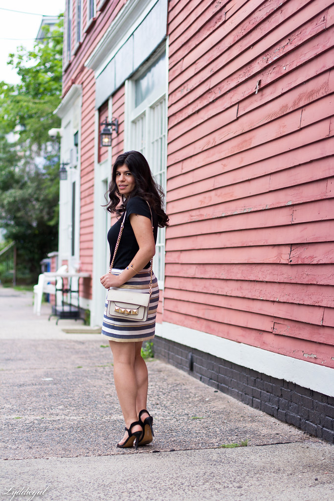 striped mini skirt, black tee, studded bag-3.jpg