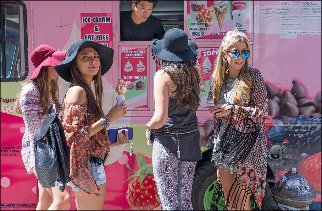SS8-15 5w Couchella Hippy Chics