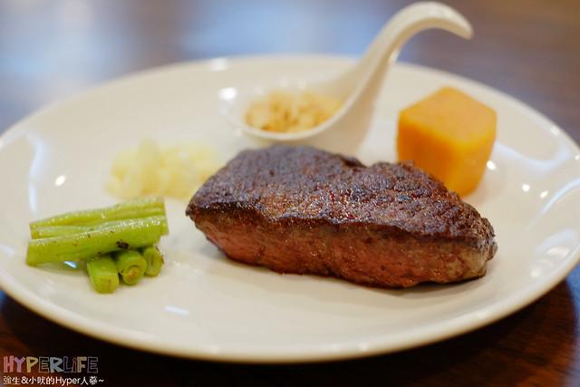 20381830532 4be6de1820 z - 【熱血採訪】牧穀禾牛牛排麵,可同時享受Prime等級牛肉麵與牛排喔!
