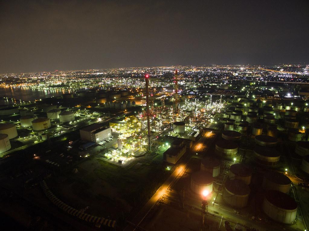新日本石油精製の夜景空撮2