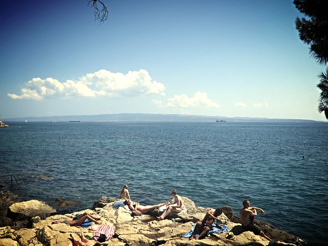 sustipan beach, beaches in split, things to do in split, budget holiday in croatia, adriatic sea