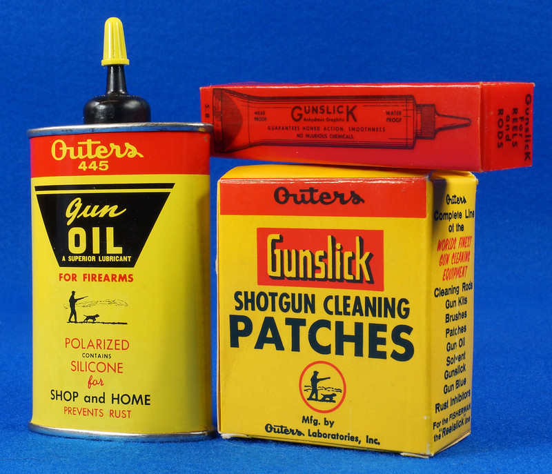 RD14438 Vintage Outers 12 Guage Shotgun Cleaning Kit # P-478 DSC07795