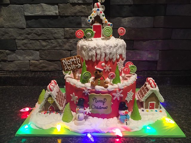 Gingerbread Christmas Cake by Beth King of Cutie Pie Cakes