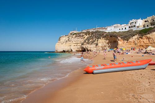 La Playa de Carvoeiro en el Algarve