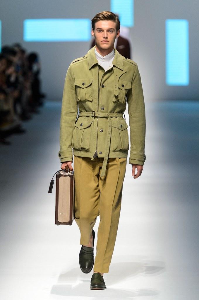 Robbie Wadge3752_SS16 Milan Canali(fashionising.com)