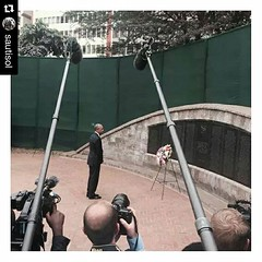 Proud to be #Kenyan always. #obamahomecoming #Repost @sautisol  ・・・ President Obama @barackobama lays a wreath at the August 7th 1998 bomb blast Memorial Park in Nairobi Kenya. #ObamaReturns To all the lost souls #Rip