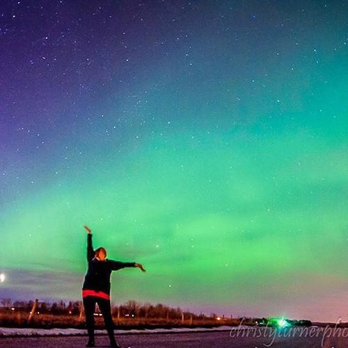 Aurora selfie #alberta #aurorachaser #allnatureshots #auroraborealis #aurora #albertaaurorachasers #beautiful #beautifulplaces #canada #christyturnerphotography #dreamscape #geomagneticstorm #huffpostgram #instapics #ig_longexp #ig_natureshots #longexposu