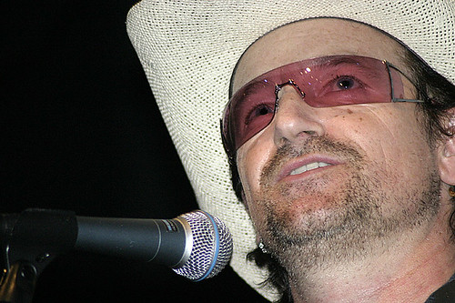 Bono @ Leonard Cohen I'm Your Man