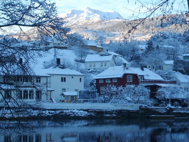 Førde in snow 2, Fujifilm FinePix F455