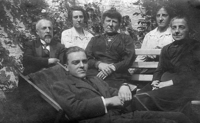 Arthur Vuylsteke, Joséphine Vuijlsteke, Maria Dehouwer, Rosa Vuijlsteke, Emma Myin, Emile Vuijlsteke