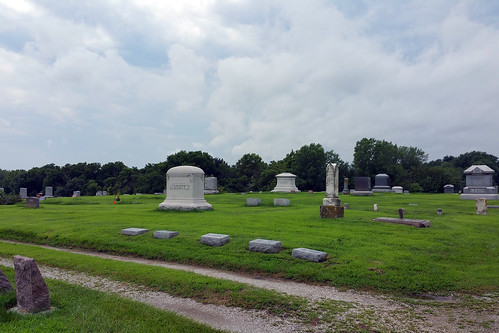 2015-07-18 - Walking in the Cemetery (SC) - 0015 [flickr]