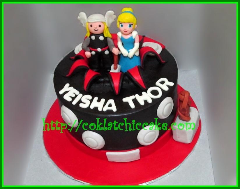 Cake Thor / superhero