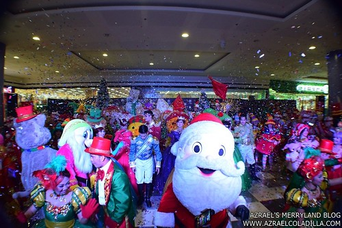 Grand Magical Christmas Parade in SM City Trece Martires (38)