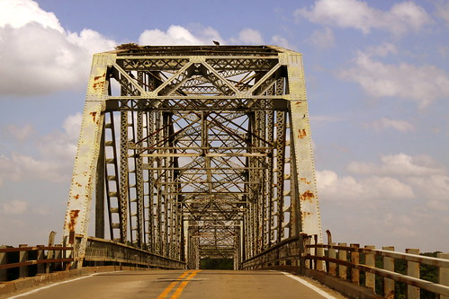 Henry R. Lawrence Memorial Bridge