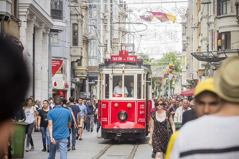 Istiklâl Caddesi - Heritage tram in Istanbul