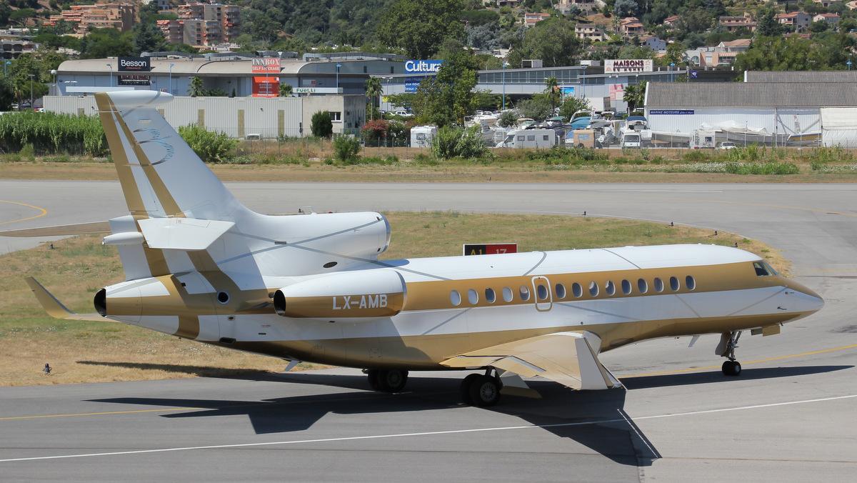 Aéroport de Cannes-Mandelieu [LFMD-CEQ] Juillet 2015   20133903165_3f7391e01a_o