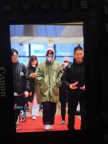 BIGBANG TOP departure Seoul to Osaka 2016-12-27 (3)