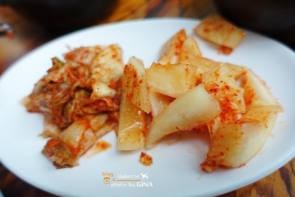 【東大門美食】首爾道地的韓國神仙雪濃湯  一個人也可以吃 韓國前總統李明博也來過! @GINA LIN