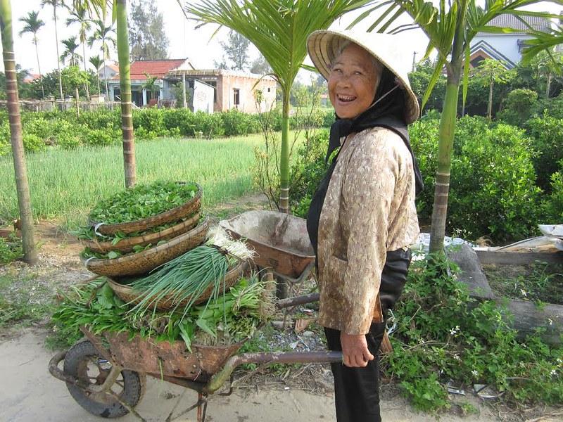 Tra Qué gardener