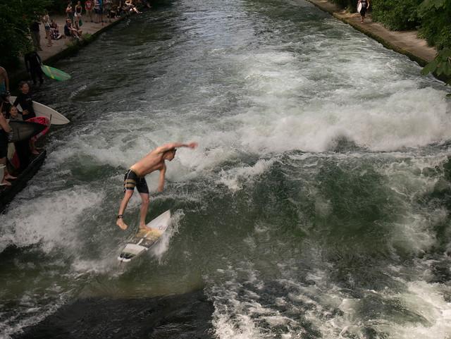 Wellenreiter Welle | Eisbach Surfing