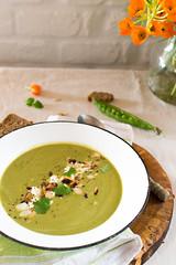 Snow peas soup