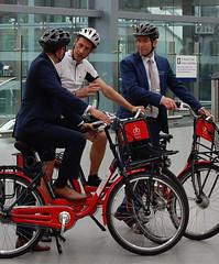 Graeme Obree picks non-pursuit bike