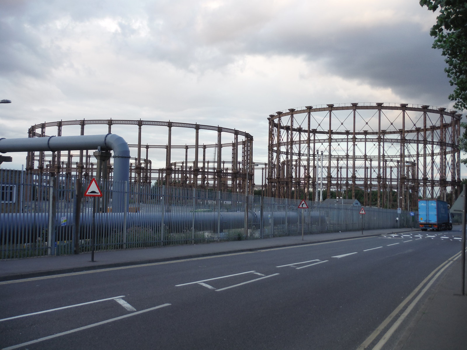 Disused Gasworks SWC Short Walk 21 - The Line Modern Art Walk (Stratford to North Greenwich)