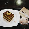 Finally Tried this place! Its good but since most things are milk i didnt want to feel sick that day haha next time I will risk my life because everything looks so good LOL #caffebene