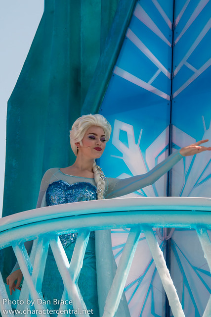 """""""Frozen"""" Royal Welcome"""