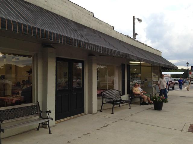 Matthews Cafeteria, Tucker GA