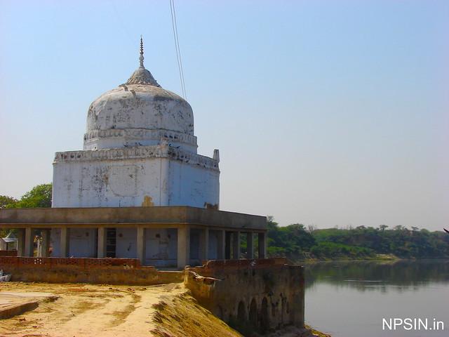 Temple in Baba Bateshwarnath Dham