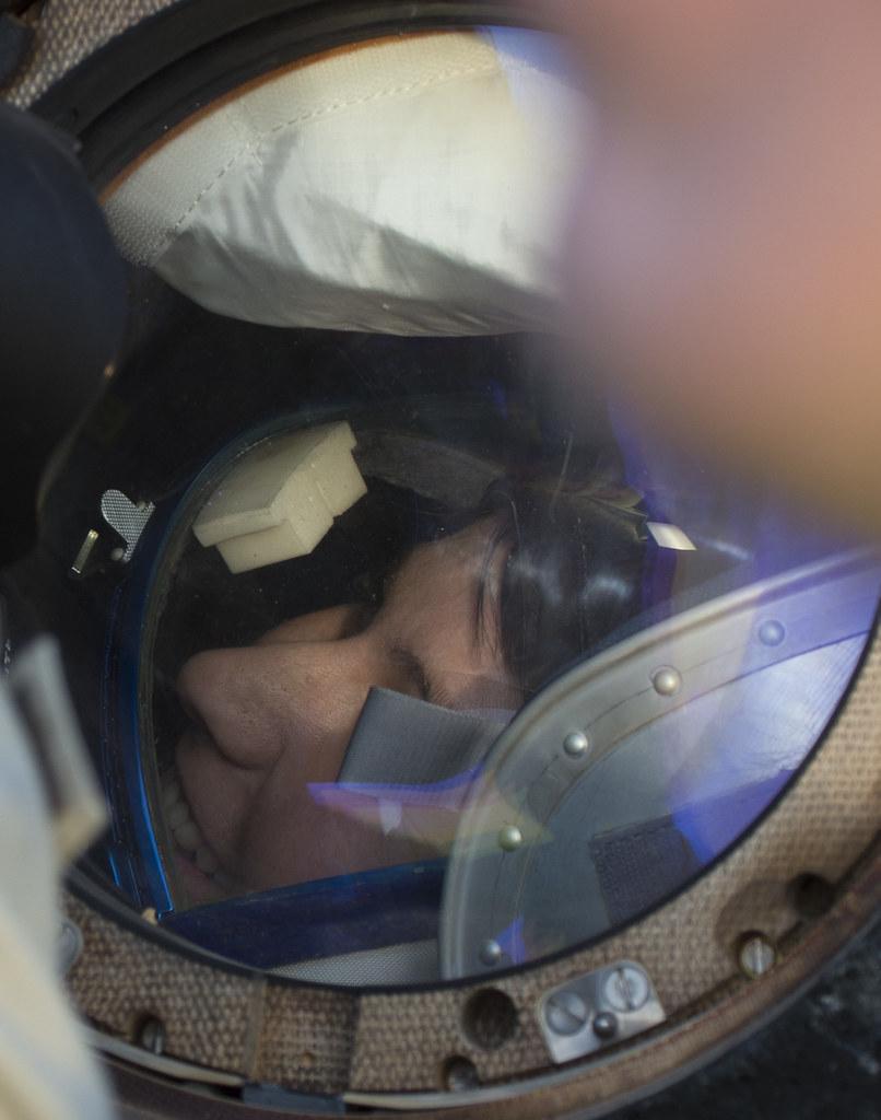"""[ISS] Expédition 43 """"Déroulement de la mission"""" - Page 7 18735086091_66b7df301f_b"""