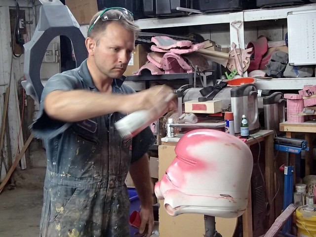 Spraying Gloss Pink
