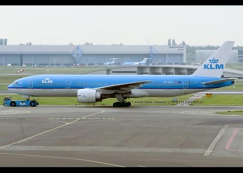B772 - Boeing 777-206(ER)