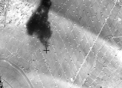 茶屋町駅東部の斜め格子(1945年航空写真)