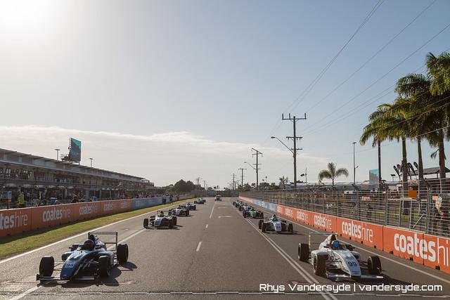 V8 Supercars - Castrol Edge Townsville 400 2015
