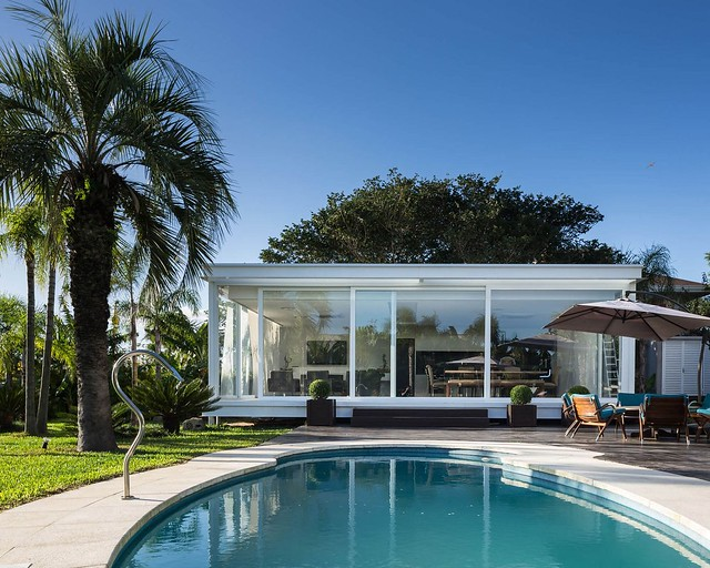 150725_Pool_House_in_Porto_Alegre_14