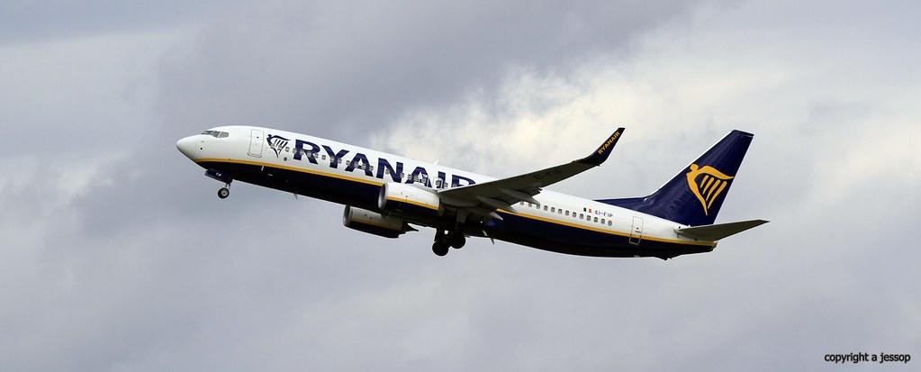 EI-FIP - B738 - Ryanair