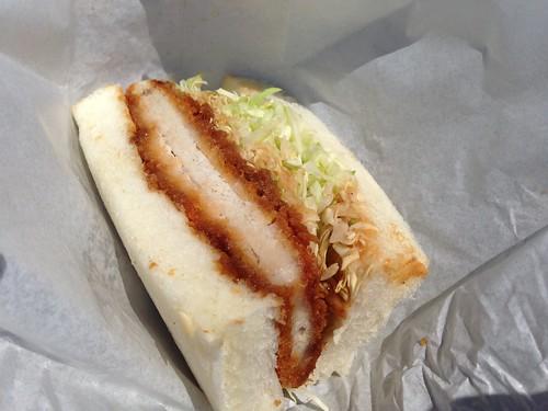 rishiri-island-okada-bakery-katsu-sandwich01